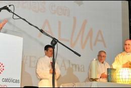 Carlos Osoro, durante la Eucaristía en el congreso de Escuelas Católicas de Madrid