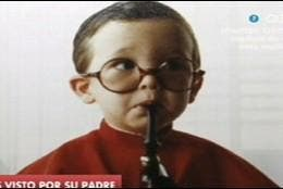 Pablo Iglesias de niño, vestido de monaguillo