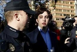 El 'pequeño Nicolás' entrando en los juzgados