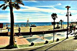 La larga y dorada playa de Torremolinos.