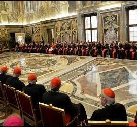 Papa y Curia romana
