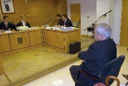 El arzobispo de Granada, ante los tribunales