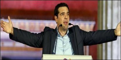 Alexis Tsipras celebrándolo