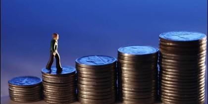 Dinero, riqueza, empresa, pobreza y desigualdad social.