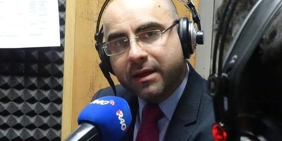 """Ricardo Ruiz de la Serna: """"Muchos políticos son máquinas de comunicar pero el problema es que luego más allá de eso no hay mucho más"""" :: Periodismo :: Radio ... - ruizserna560_560x280"""
