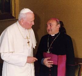 Juan Pablo II e Ysern