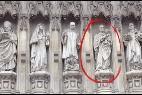 Estatua de Romero en la portada de los mártires de la abadía de Westminster
