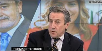 El columnista de ABC en 'Diario de la Noche'.