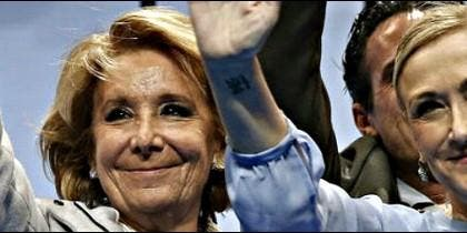 Esperanza Aguirre y Cristina Cifuentes, juntas en campaña.