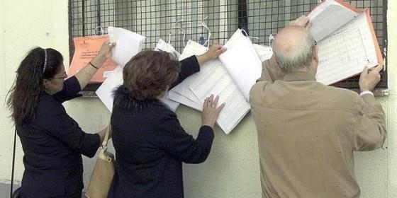 Expuestas las listas del censo electoral en almendralejo for Oficina del censo electoral