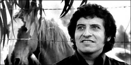 Una imagen de Víctor Jara en la plenitud de su carrera