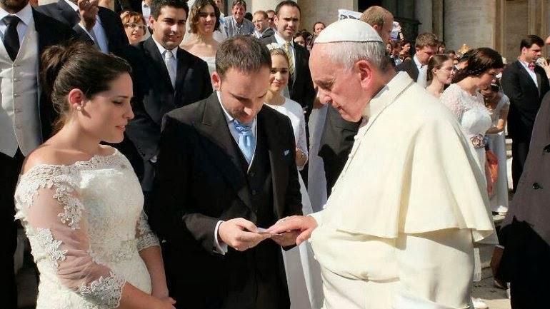 Matrimonio Catolico Fuera De La Iglesia : El papa confirma que los matrimonios fracasados quot no están