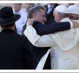 El abrazo de Francisco, Skorka y Abboud
