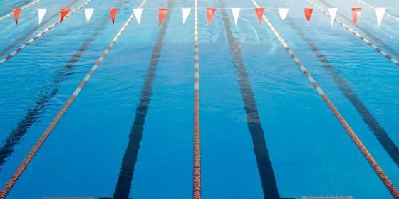 La nadadora emeritense lidia barrag n logra marca m nima for Piscina olimpica barcelona