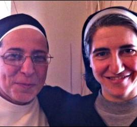 Sor Lucía Caram y sor Teresa Forcades.