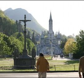 Lourdes, nueva ruta de Air Nostrum
