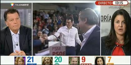 Rojo y Garat, con Pedro Sánchez y Carmona en el centro.
