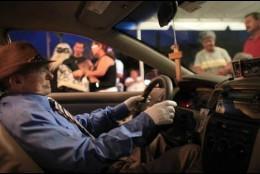 El taxista en su coche