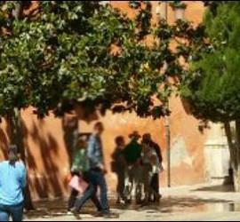 Salida de los funcionarios judiciales de la sede del Arzobispado de Granada