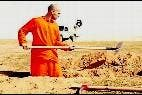 El prisionero sirio cavando