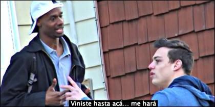 Damon con Dennis Cee.