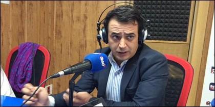 Simón Pérez.