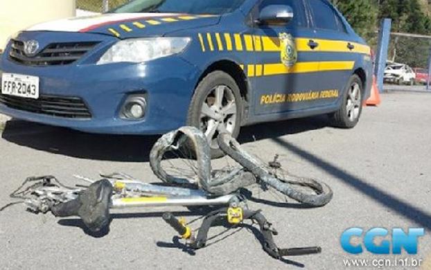 Los tres chicos que mueren aplastados por un camión en una bicicleta Bicide