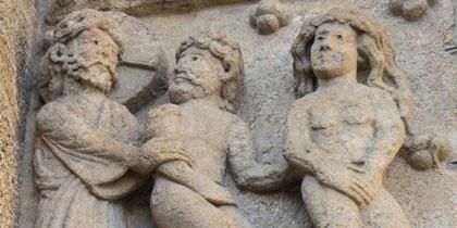 Cluny traslada el Apocalipsis a la piedra. Puerta sur en la catedral compostelana.