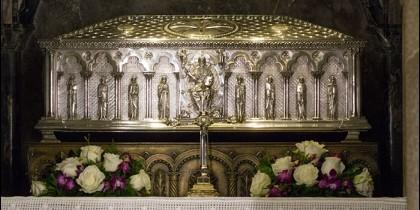 En esta urna, los restos de Santiago