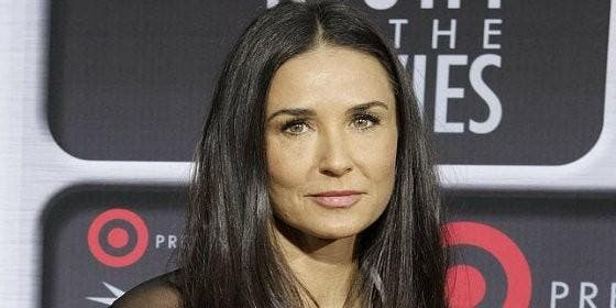 el joven encontrado muerto en la piscina de demi moore era un amigo de su asistente sociedad. Black Bedroom Furniture Sets. Home Design Ideas