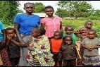 Musulmanes desprotegidos en RC: obligados a abandonar su religión