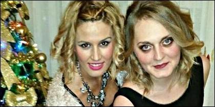 Laura del Hoyo y Marina Okarynska.