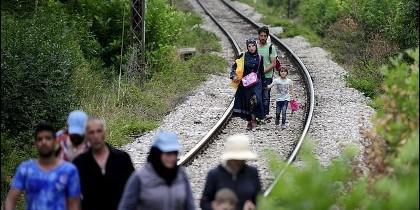 Inmigrantes sin papales entran en la UE a través de Serbia y Hungría.