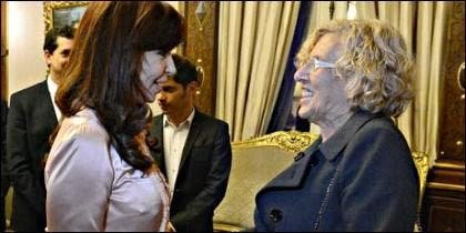 Cristina Kirchner con Manuela Carmena.
