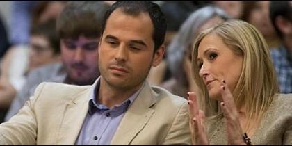 Ignacio Aguado (Ciudadanos) y Cristina Cifuentes (PP).