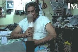 Roberto Esquivel Cabrera, y su 'empaquetado' pene