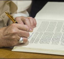 El Papa firmó los Motu Proprio sobre las nulidades