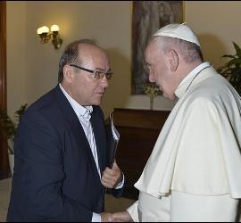 Vidal conversa con Francisco