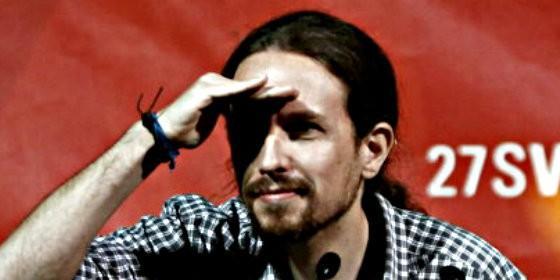 Pablo Iglesias, líder de Podemos, haciendo el 'indio'.
