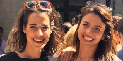 Ana Bono con su novia.
