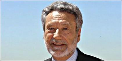 Luis del Val.