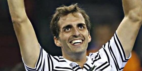 Alberto Ramos da la campanada y elimina al campeón Federer de Shanghai :: Tenis :: 24por7 - alberto-ramos_560x280