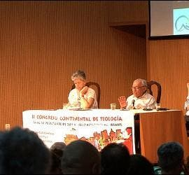 Gustavo Gutiérrez, en el congreso de Amerindia