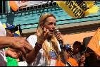Lilian Tintori, esposa de Leopoldo López, se encontraba en el acto de campaña en Guárico