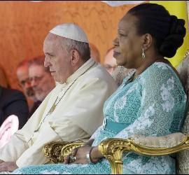 El Papa Francisco y la presidenta Samba-Panza