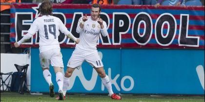 Modric y Bale.