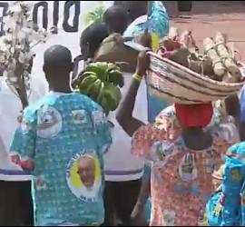 Ofrendas en la misa de Bangui