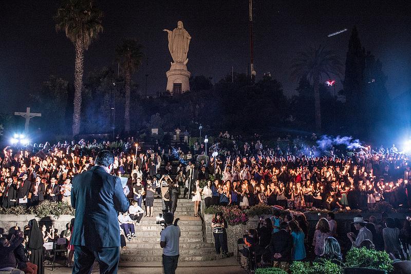 Matrimonio Catolico En Chile : Jóvenes hablan de misericordia y entregan documento