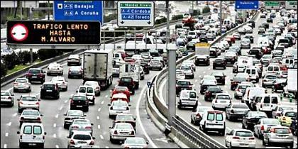 Tráfico en la M-30 de Madrid.