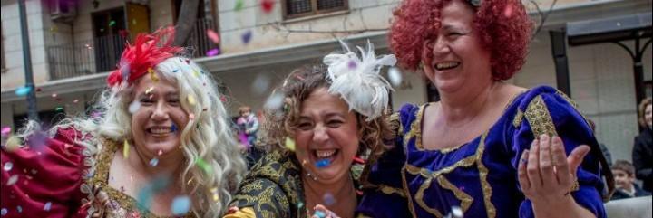 parecen las prostitutas de un western pero son las reinas magas de valencia putas en alemania